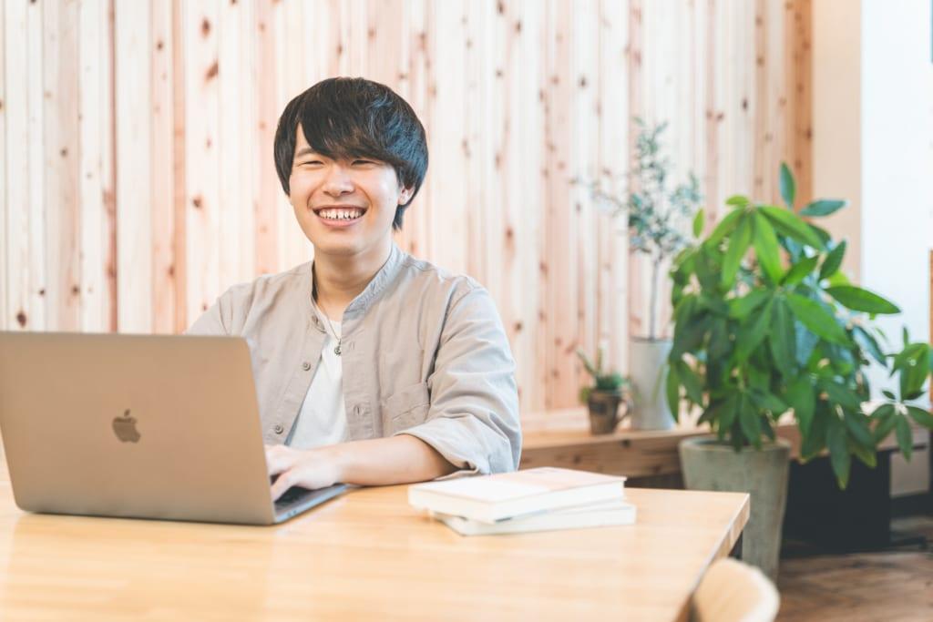 【学生インターンインタビュー】EXPACT随一のSEOライター、井上さんの学びに迫る